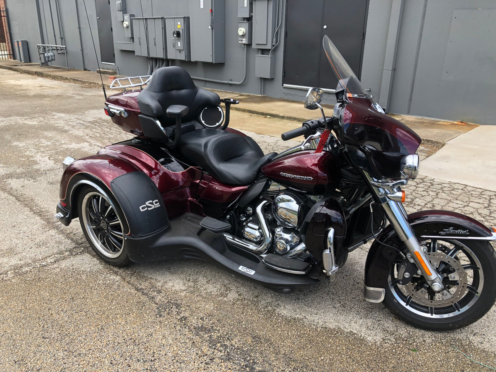 2014 harley davidson ultra limited flhtk w california side car trike conversion
