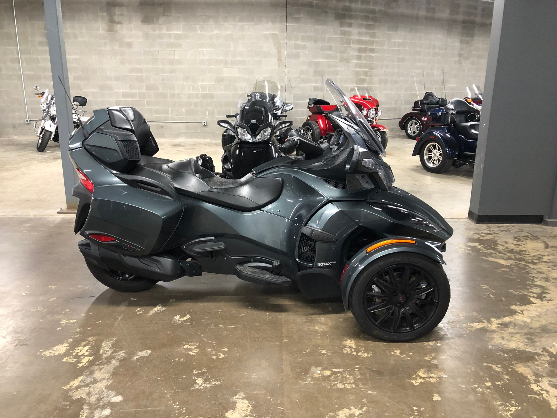 2018 can am spyder rt limited se6 trike