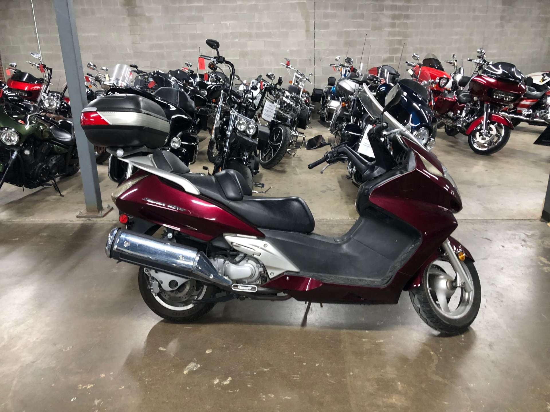 2009 honda silverwing scooter
