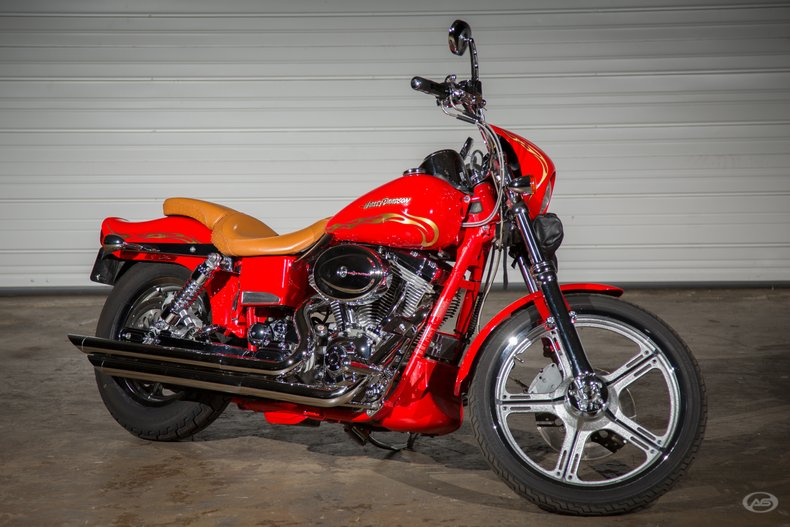 2001 Harley-Davidson FXDWG2 Wide Glide | Art & Speed Classic