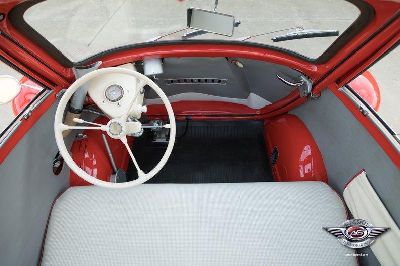 1957 BMW Isetta 37