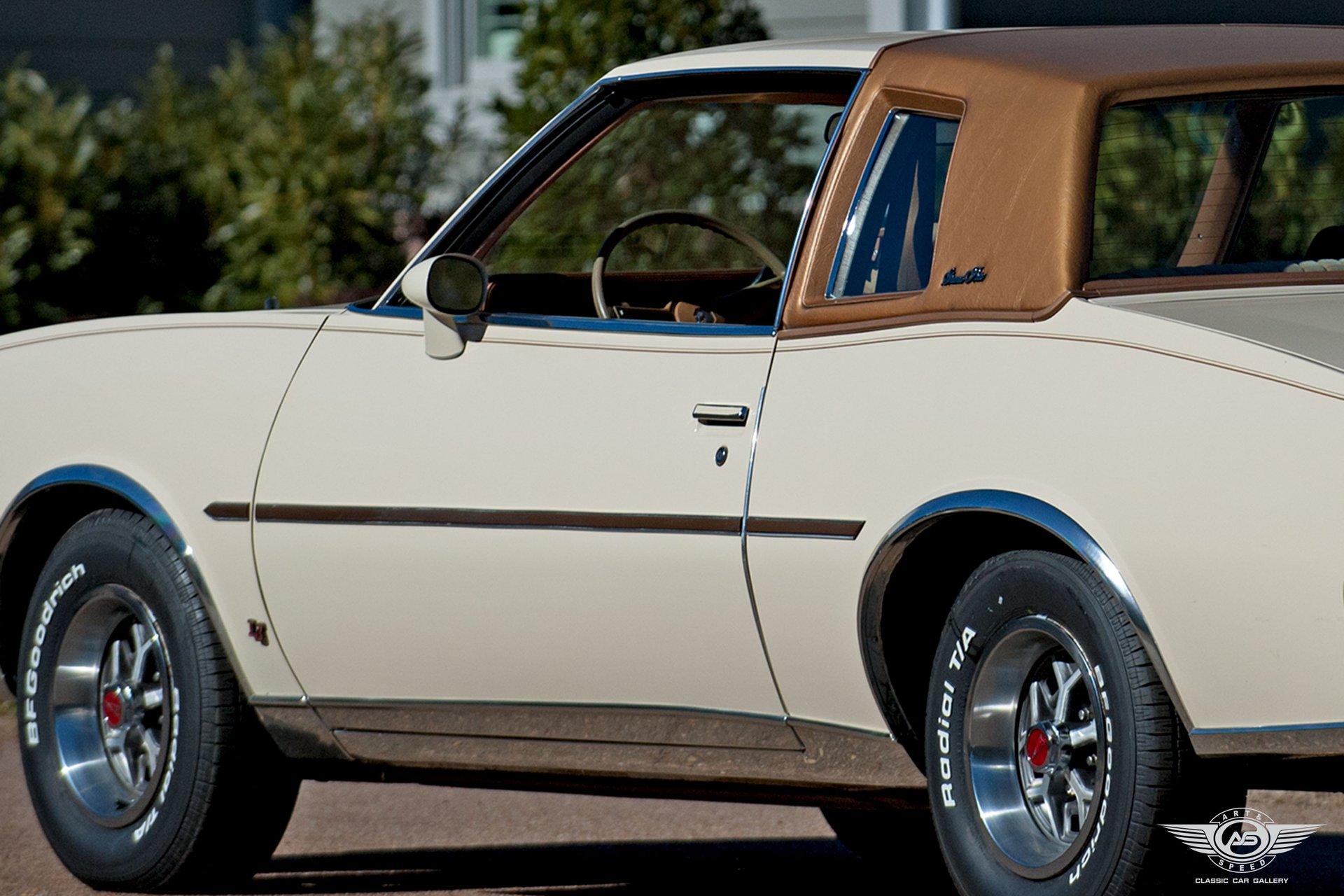 1980 Pontiac Grand Prix   Art & Speed Classic Car Gallery in Memphis, TN