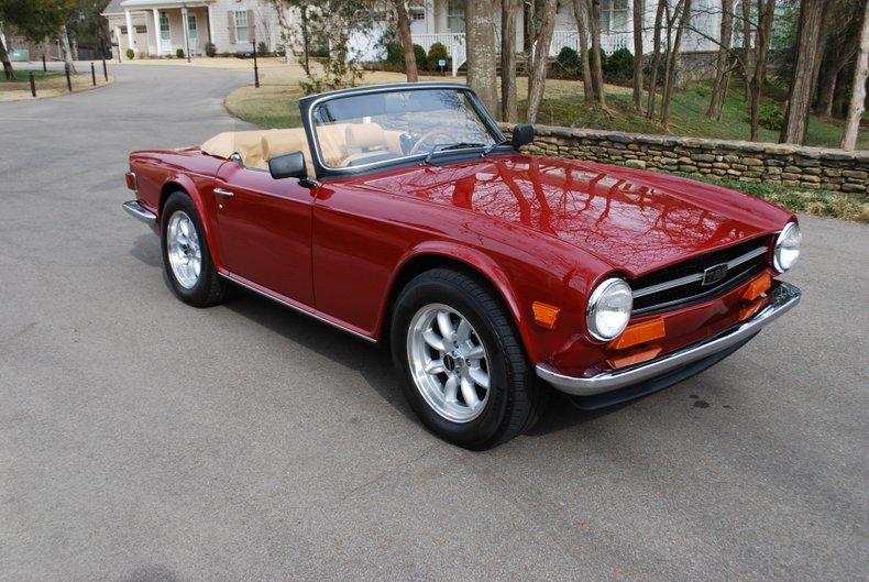 1974 Triumph TR6 32