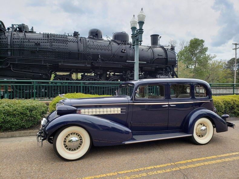 1935 Cadillac 355