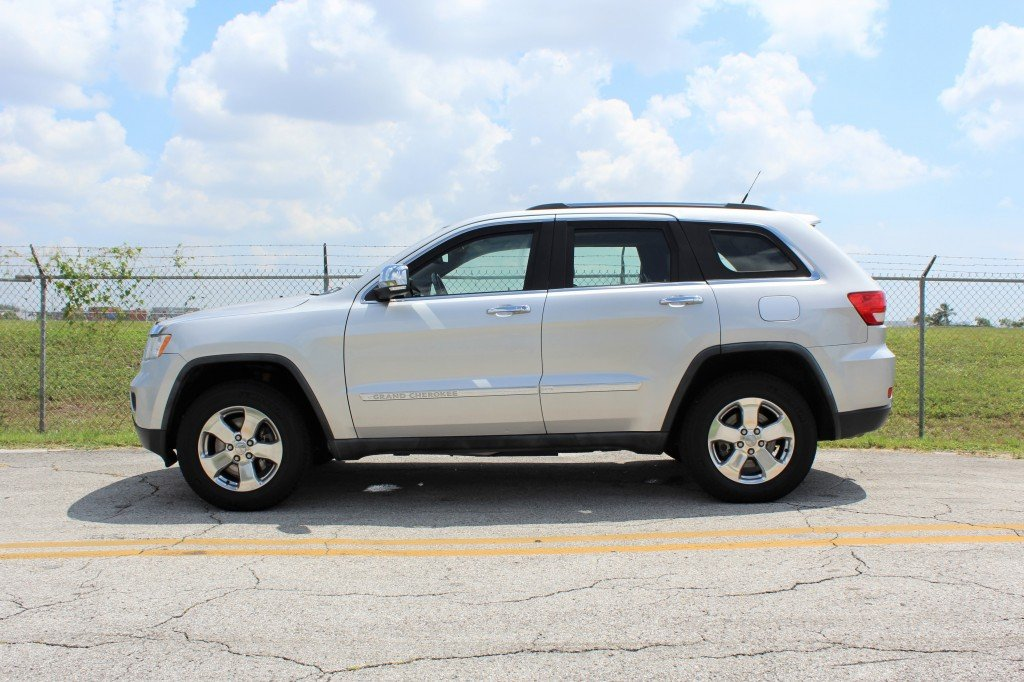 2011 jeep grand cherokee limited armored