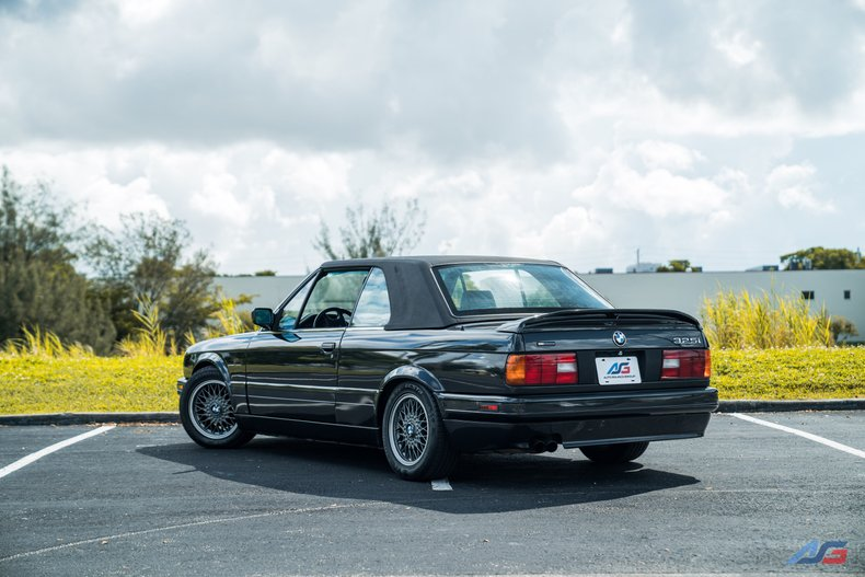 For Sale: 1991 BMW 325i
