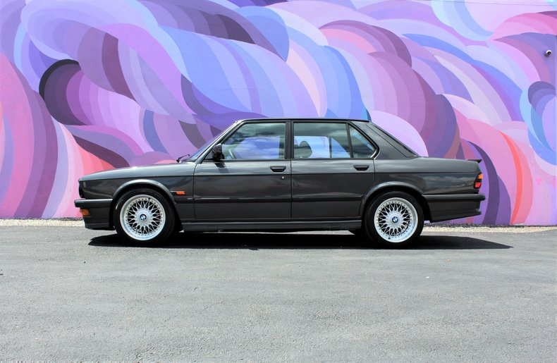 For Sale: 1983 BMW 5 Series