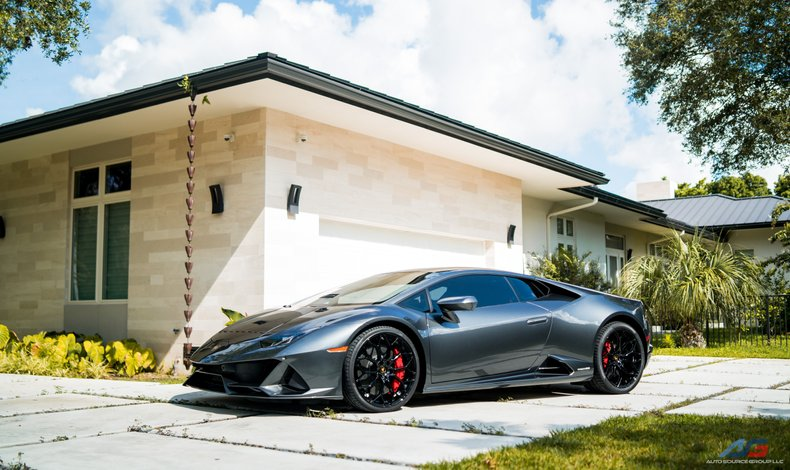 For Sale: 2020 Lamborghini Huracan Evo
