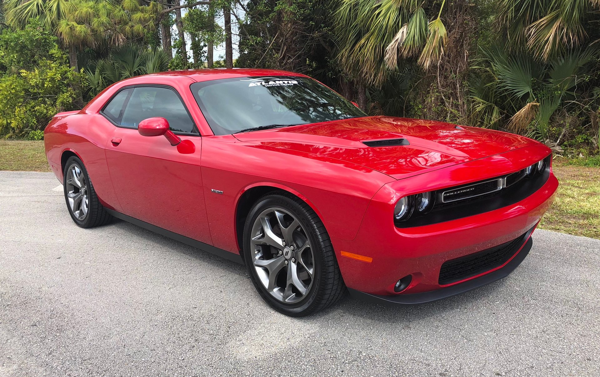 2017 dodge challenger r t plus