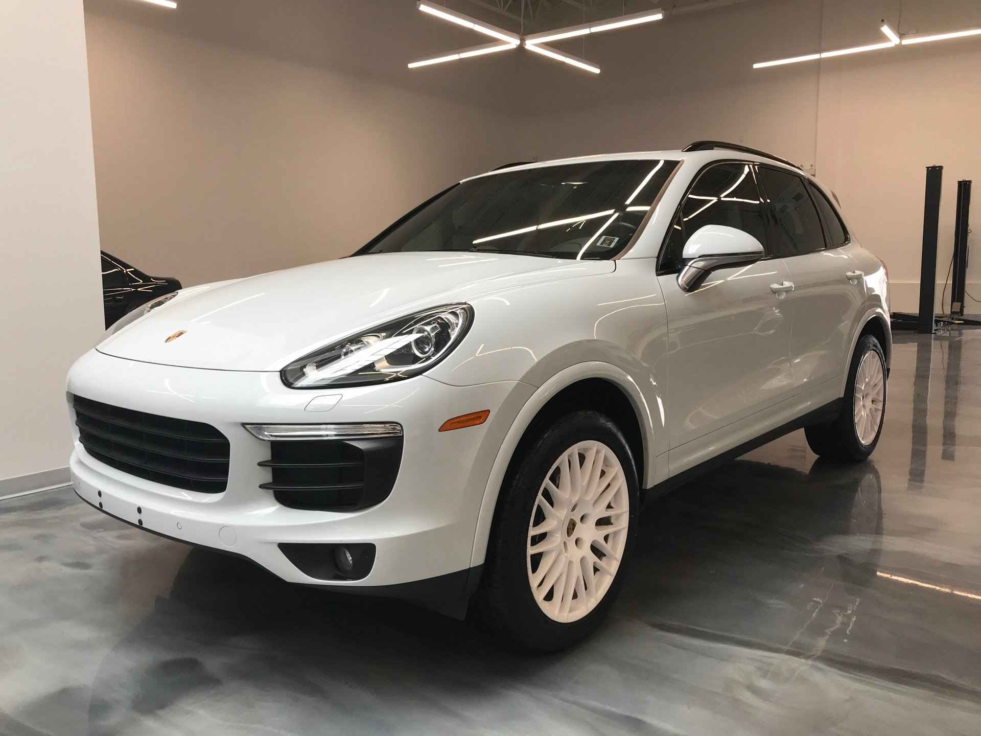 2018 porsche cayenne awd just sold