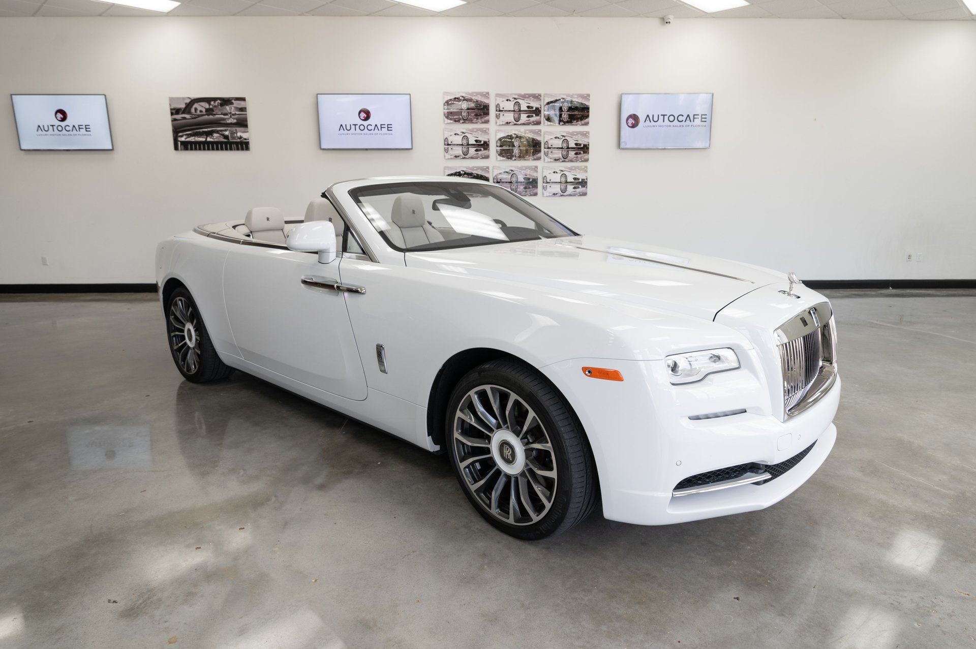 2018 rolls royce dawn convertible
