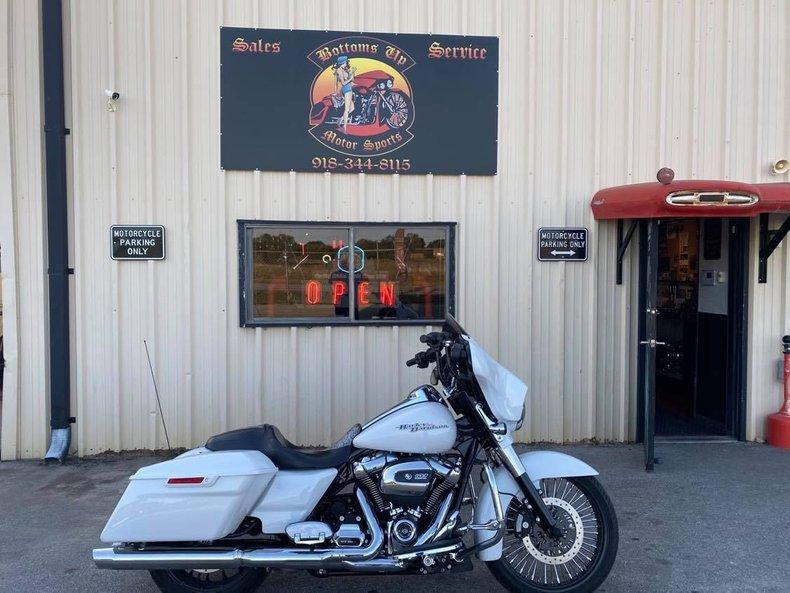 2017 Harley-Davidson Electra Glide Special