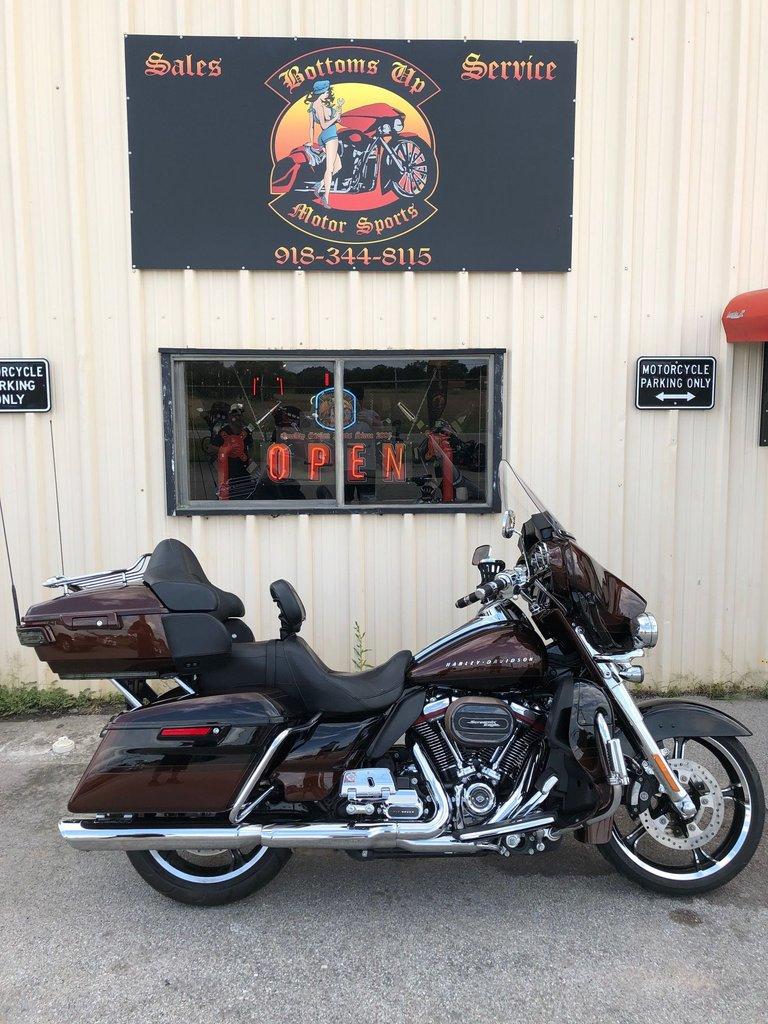 2019 Harley-Davidson FLHTKSE CVO LIMITED