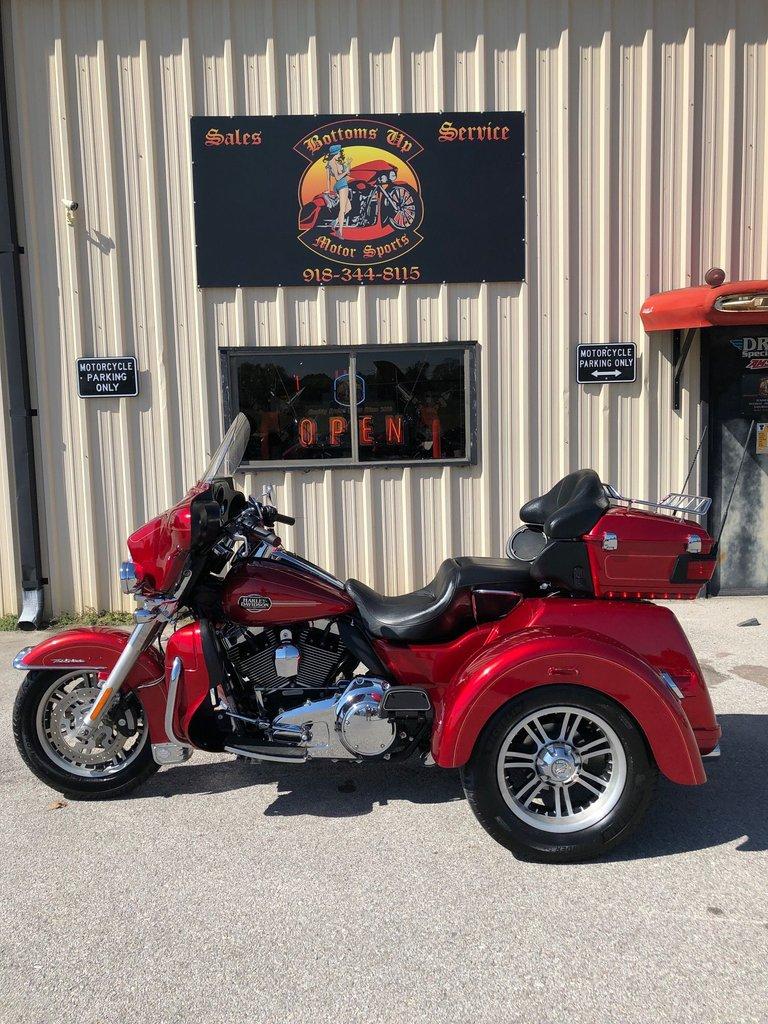 2013 Harley-Davidson TRIGLIDE ULTRA CLASSIC FLHTCUTG