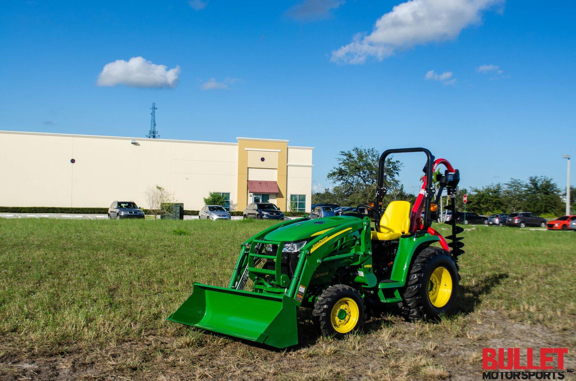 2015 john deere 3046r tractor