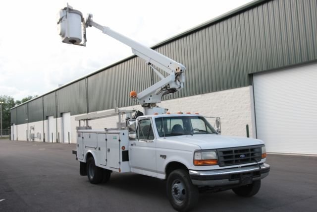 1997 Ford BUCKET TRUCK For Sale