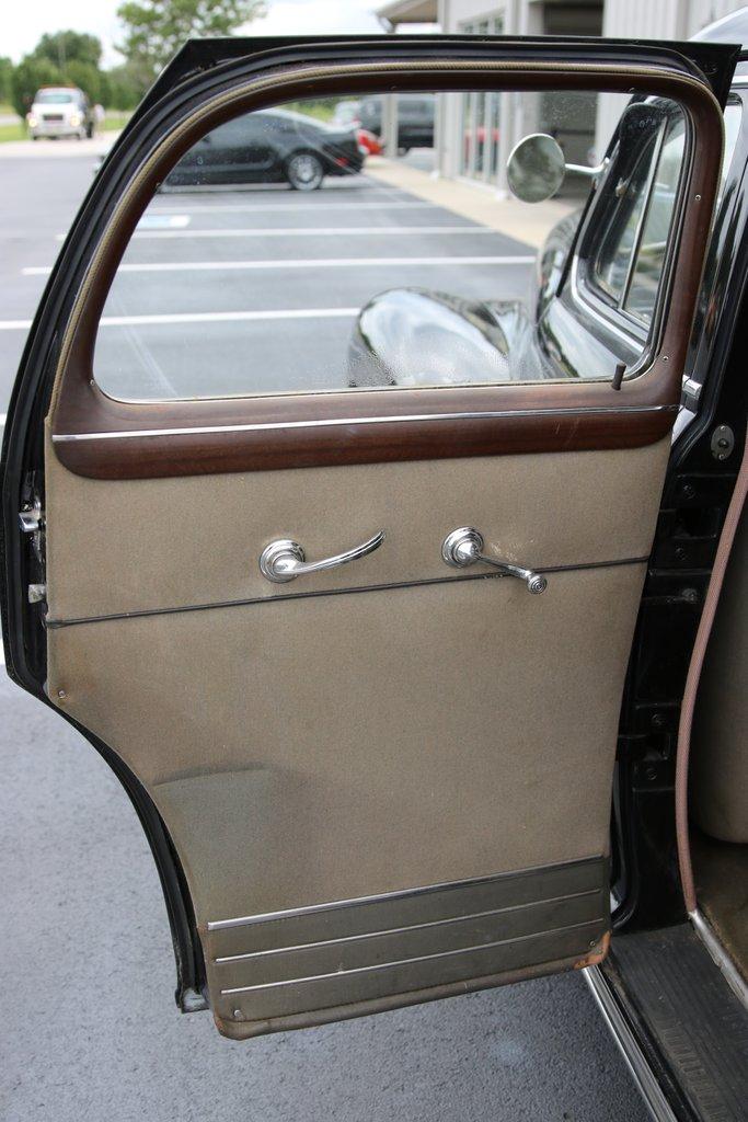 1946 Cadillac Series 62 34