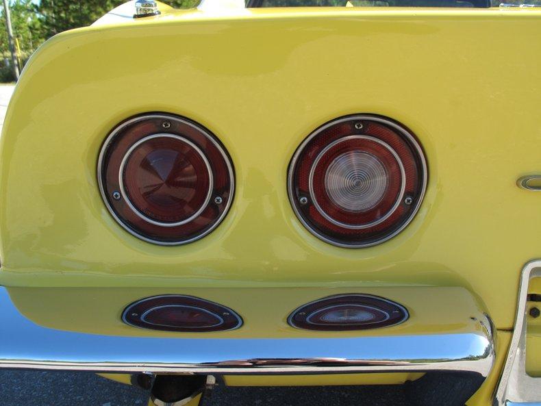 1969 Chevrolet Corvette 28