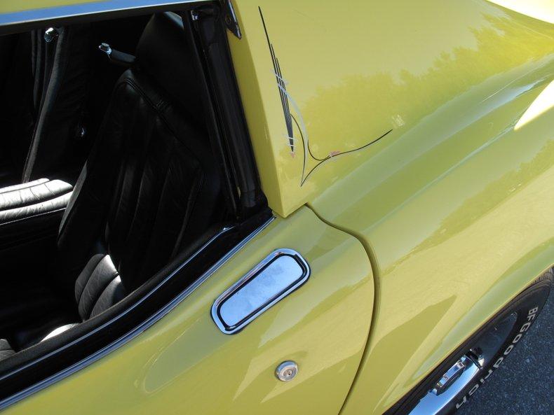 1969 Chevrolet Corvette 23