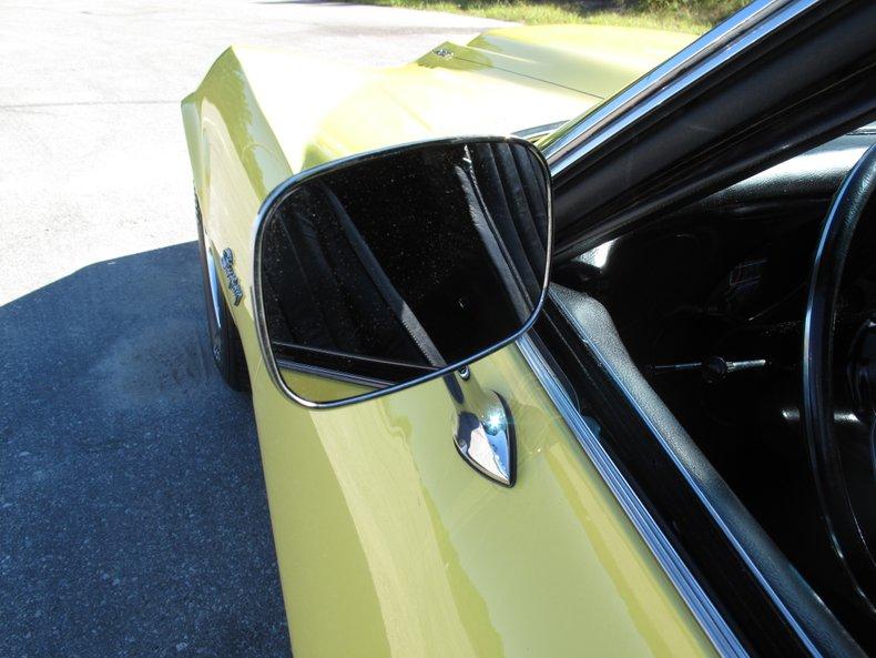 1969 Chevrolet Corvette 22
