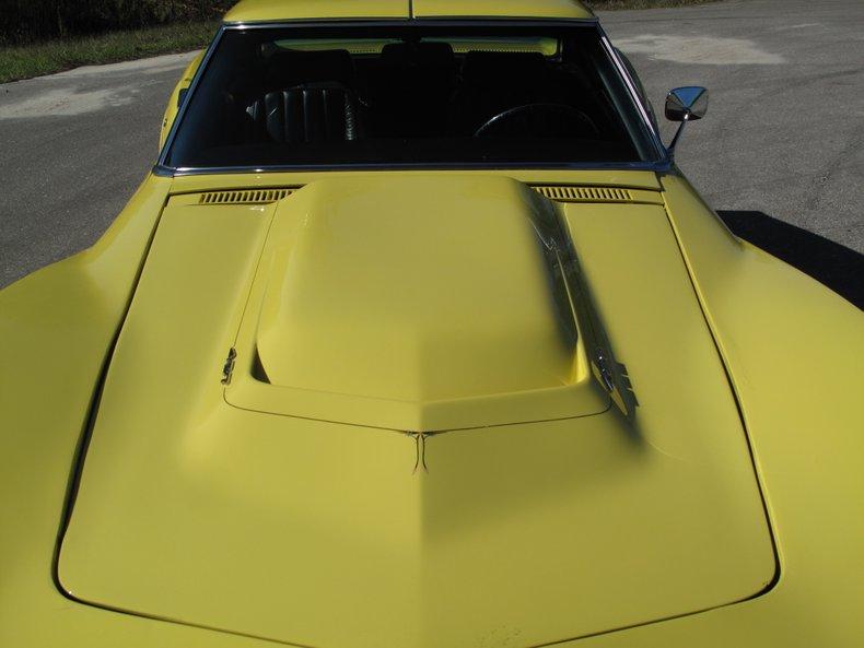 1969 Chevrolet Corvette 14