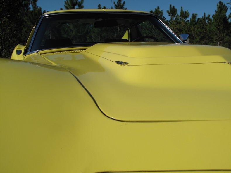 1969 Chevrolet Corvette 15
