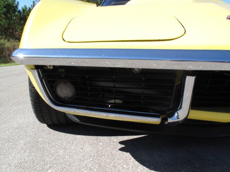 1969 Chevrolet Corvette 17