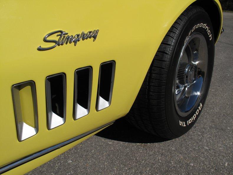 1969 Chevrolet Corvette 19