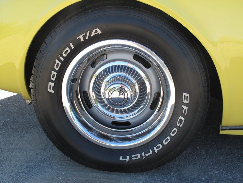 1969 Chevrolet Corvette 35