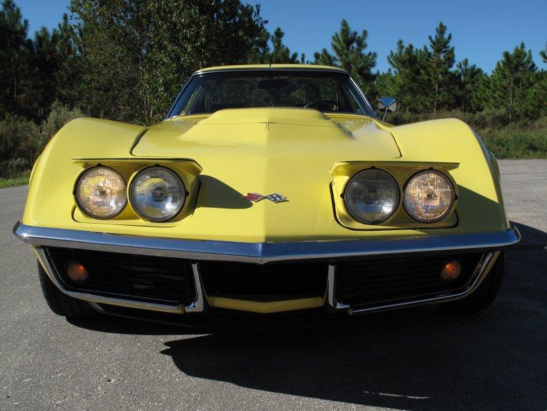 1969 Chevrolet Corvette 13