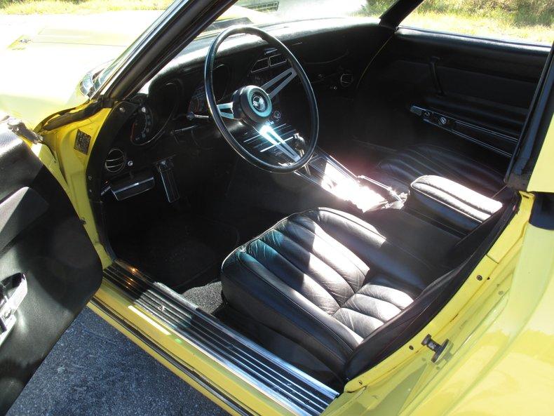 1969 Chevrolet Corvette 38