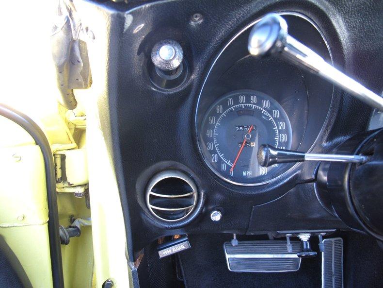 1969 Chevrolet Corvette 41