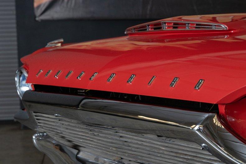 1964 Ford Thunderbird 16