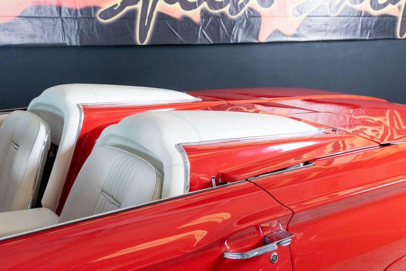 1964 Ford Thunderbird 48