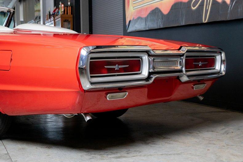 1964 Ford Thunderbird 7