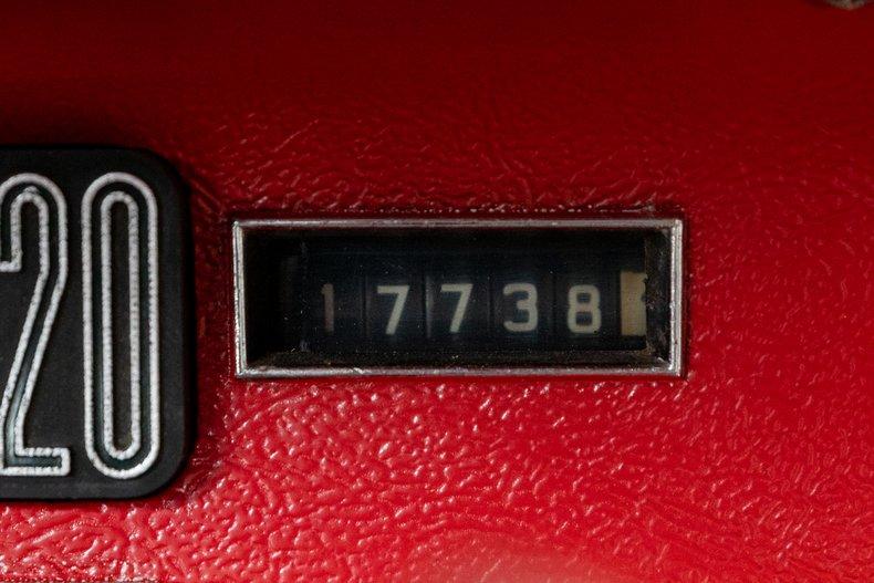 1964 Ford Thunderbird 31
