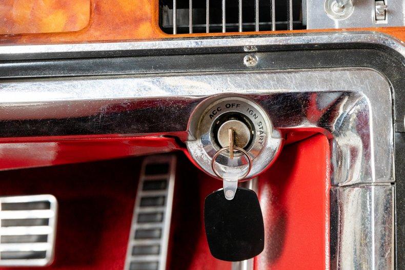 1964 Ford Thunderbird 34