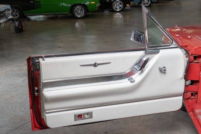 1964 Ford Thunderbird 25