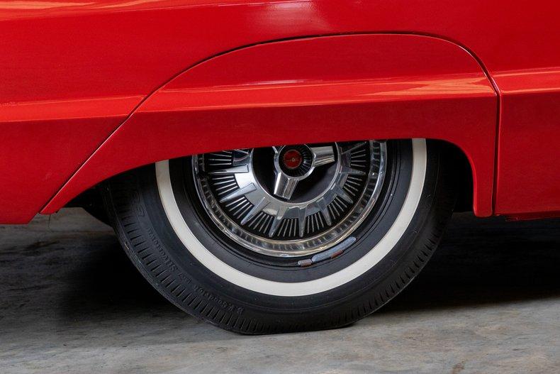 1964 Ford Thunderbird 22