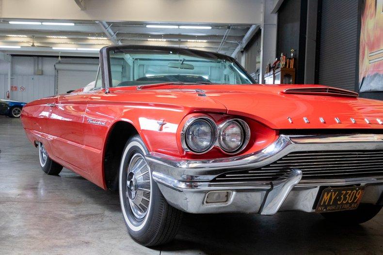 1964 Ford Thunderbird 12