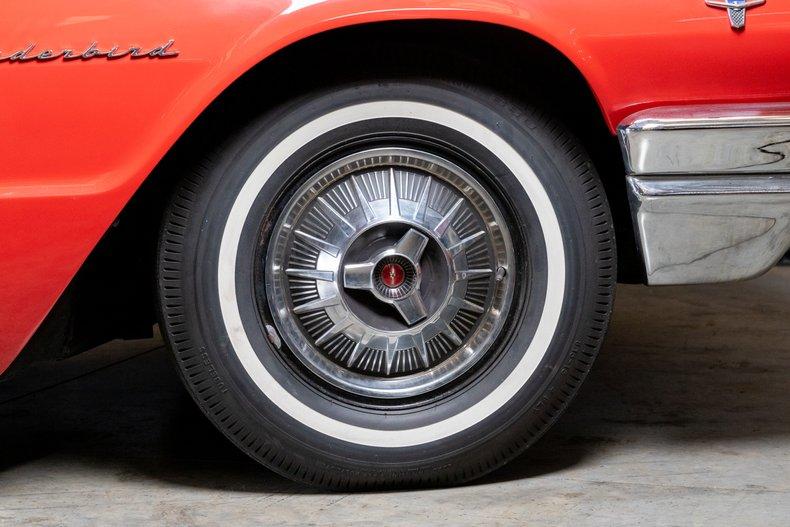 1964 Ford Thunderbird 24