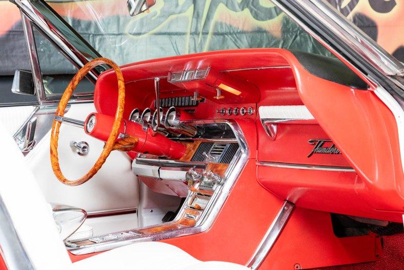 1964 Ford Thunderbird 41
