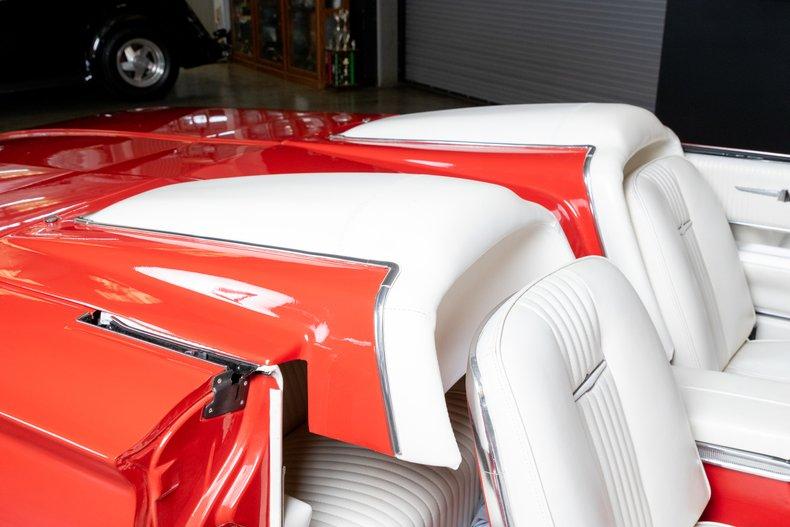 1964 Ford Thunderbird 46