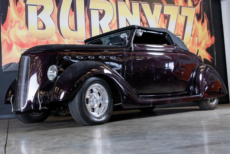 1936 Ford Cabriolet 2