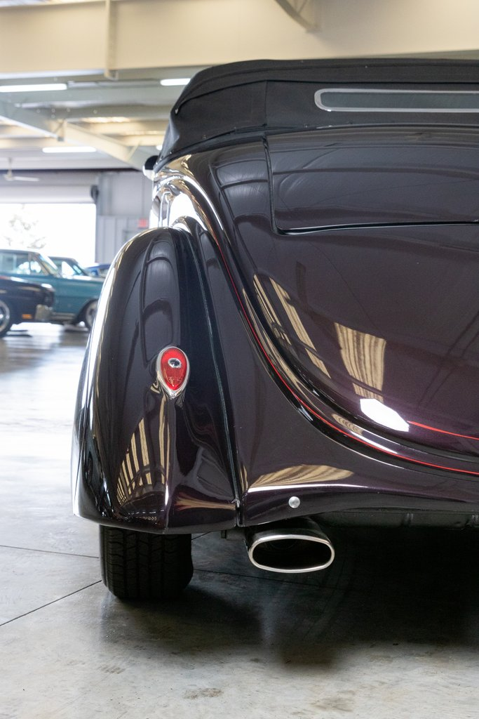 1936 Ford Cabriolet 9