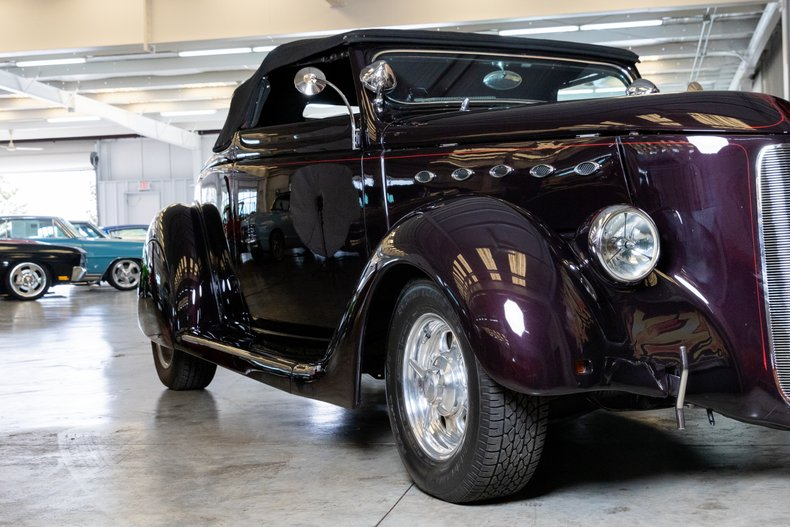 1936 Ford Cabriolet 16