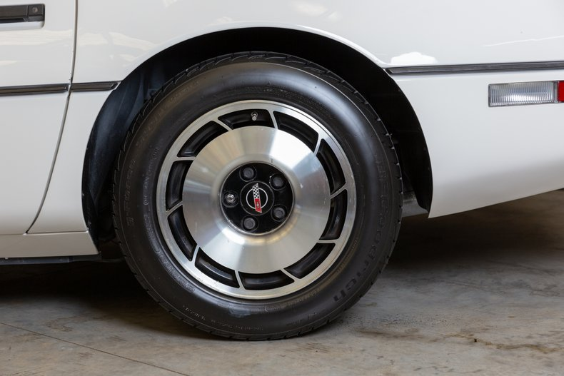 1985 Chevrolet Corvette 45