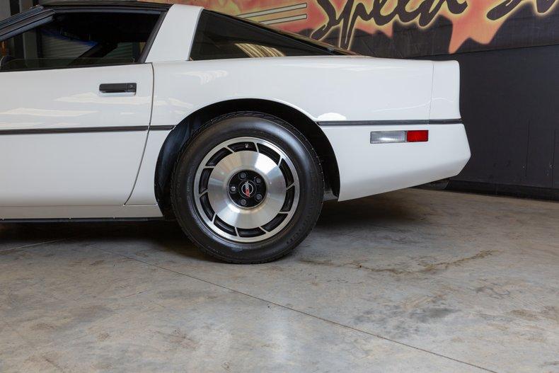 1985 Chevrolet Corvette 44