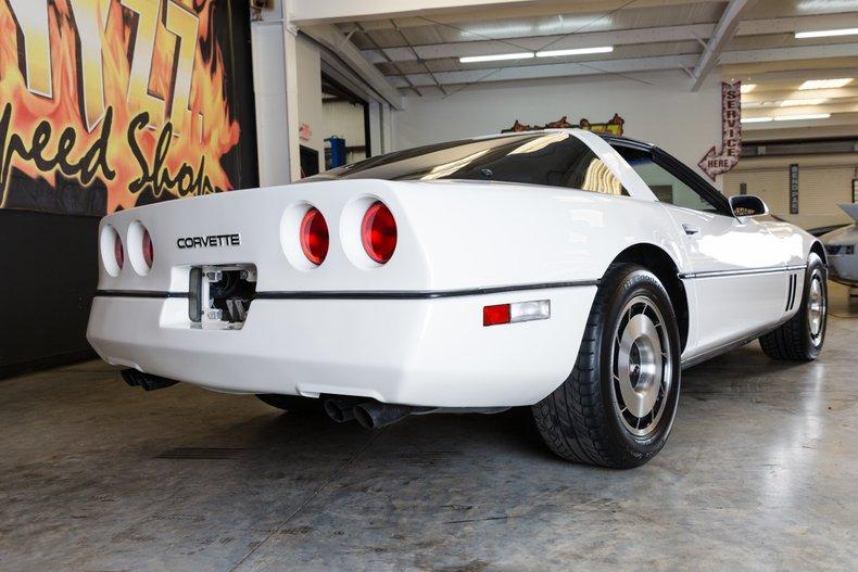 1985 Chevrolet Corvette 9