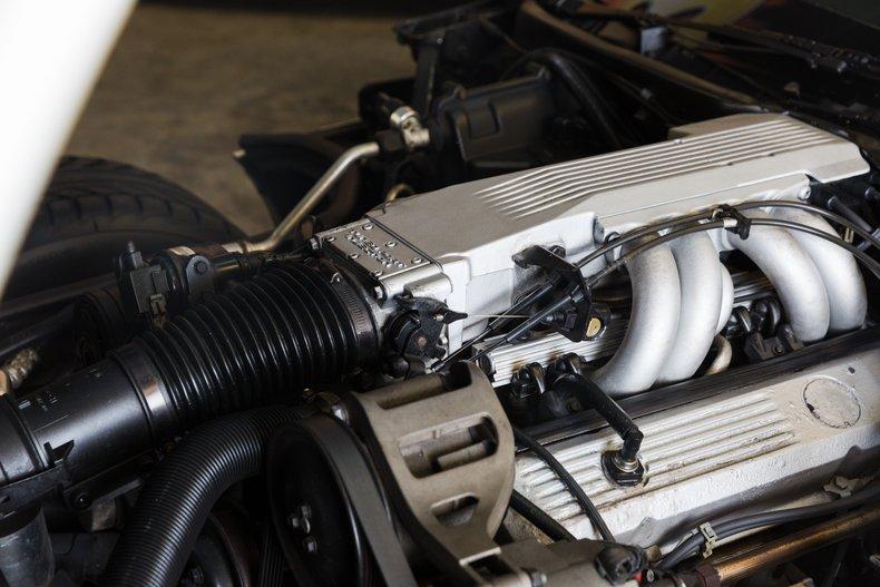 1985 Chevrolet Corvette 36